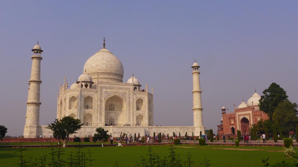 Taj Mahal, Agra, India; Backpacking India; Backpacking Rajasthan and Agra; D.I.Y. Agra; Agra travel